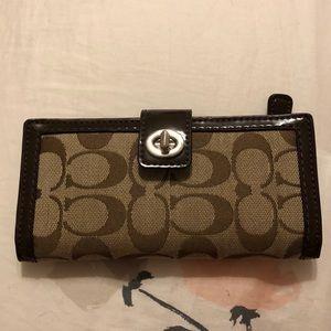 Excellent condition brown Coach wallet